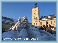 Traditionelle Schneeskulpturen von Rübezahls