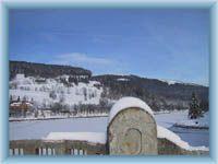 Wassertalsperre Labská přehrada im Winter