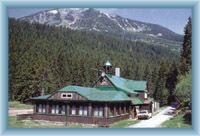Berg Studniční hora mit Obří důl