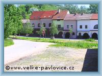 Velké Pavlovice - Weinkellerei