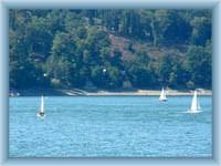 Segelboot auf dem Stausee Vranov