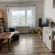 Selbständige Einzimmerwohnung im Familienhaus