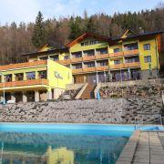 Hotel Relax Kyčera, Blockhütten, Camping