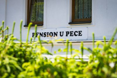 Pension und Restauration U Pece