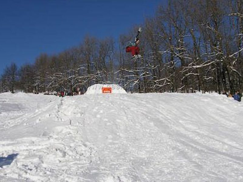 Skizentrum und Snowpark Luž