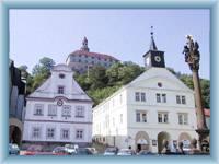 Schloss in Náchod aus dem Stadtplatz