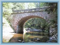 Steinbrücke in Zemská brána