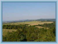 Anblick auf Gebirge Doupovské hory