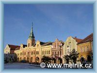 Mělník - Stadtplatz und Rathaus