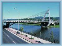 Die neue Brücke über Elbe
