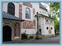 Sgrafitti auf der Kirche in Nové Město na Moravě