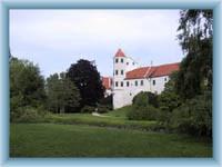 Schloss in Telč aus Park